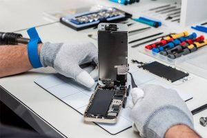 Куда обращаться за помощью, или что делать, если разбился экран iPhone 12 Pro?